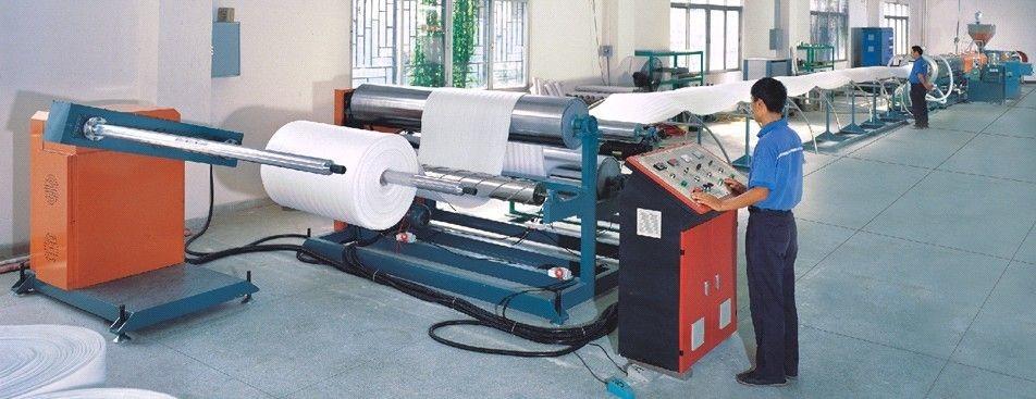 quy trình sản xuất màng PE vận hành máy