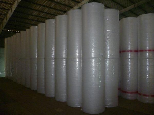 Cuộn xốp hơi khổ lớn để bọc hàng hoá kích thước lớn