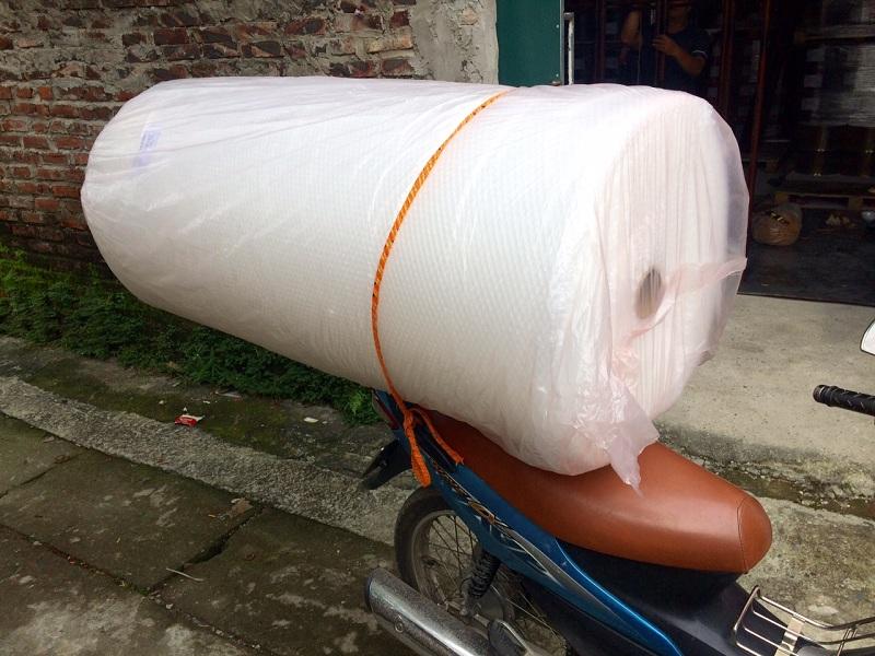 Cuộn xốp hơi 1m5 dài 100m đóng gói hàng hóa lớn