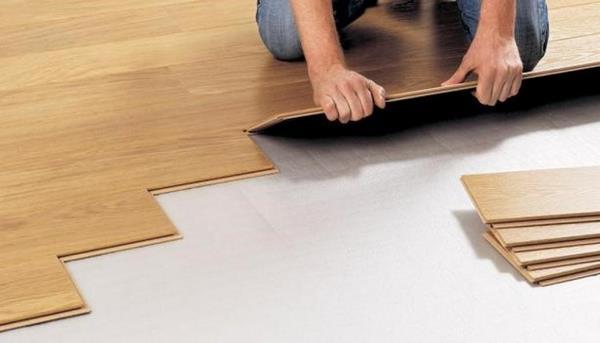 Sử dụng mút xốp PE foam 3mm để lót sàn gỗ